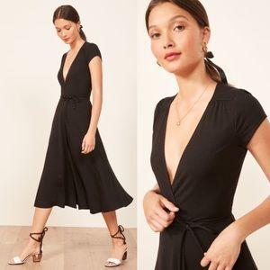 NWOT Reformation Becca Wrap Dress Size Small Black